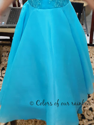 A Frozen Birthday and DIY Elsa Dress @http://colorsofourrainbow.blogspot.ae/