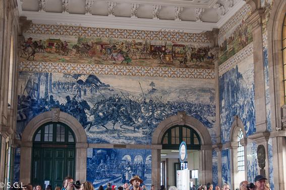 Que ver en Oporto en un dia. Estación de São Bento