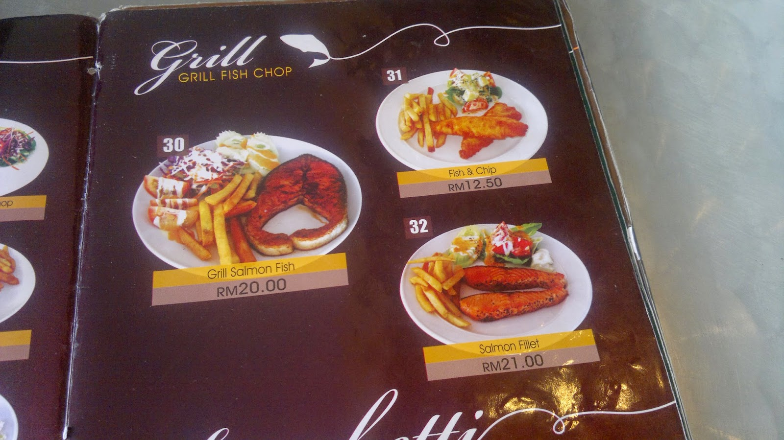 Strawberry Cafe Sitiawan Menu