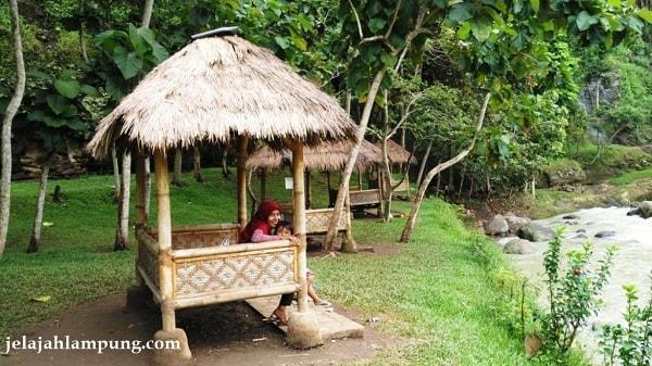 saung wira garden