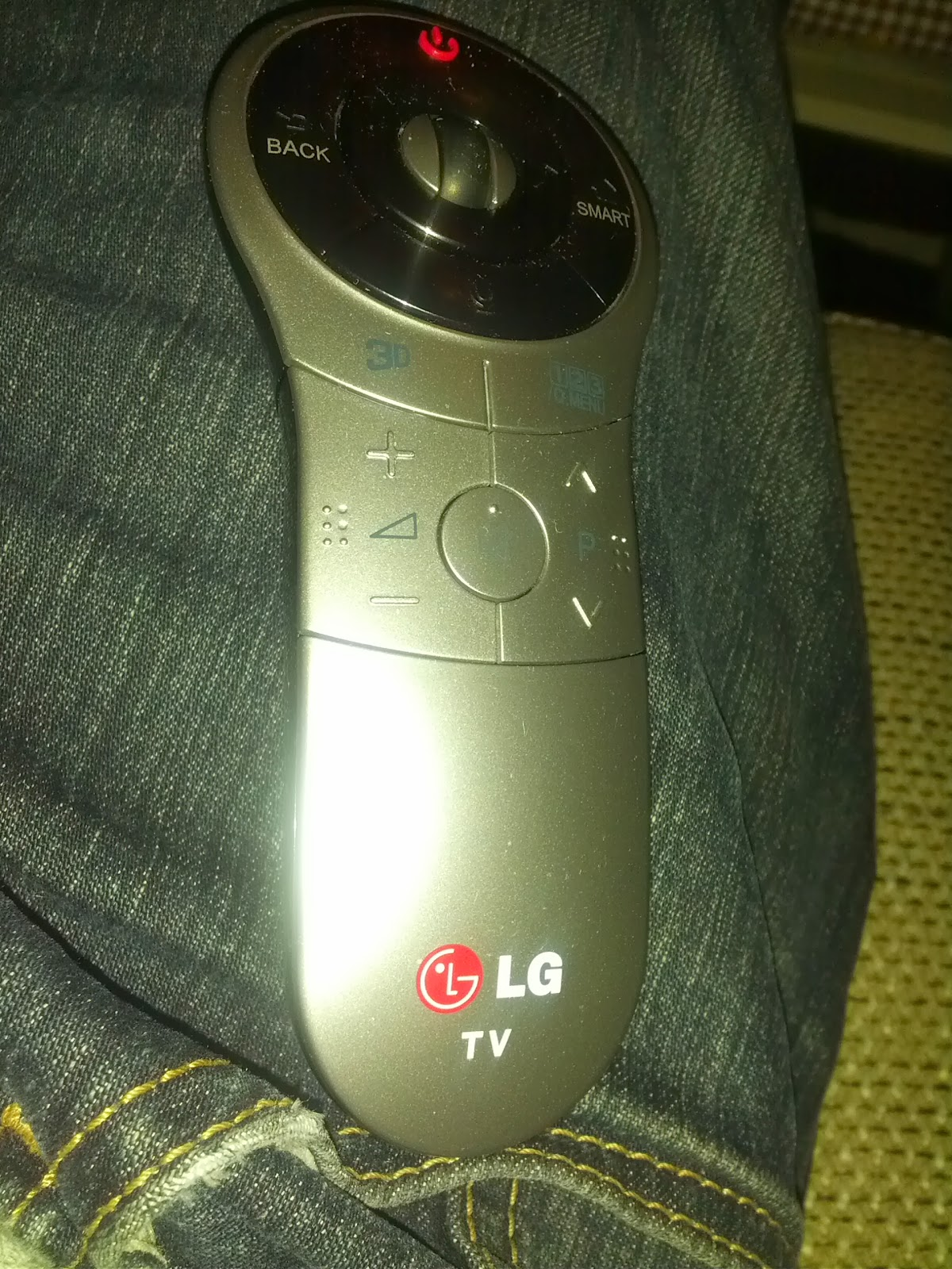 LG 42LA660S magic remote