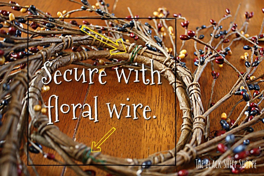 Secure the garland with wire.