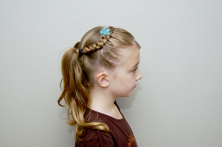 Hair Styles For Picture Day: Tress It Up Girls Hairstyles: First Day Of Kindergarten Hair