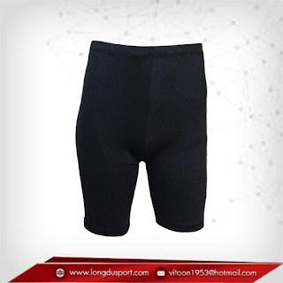 กางเกงรัดกล้ามเนื้อ ขาสั้นสีดำ