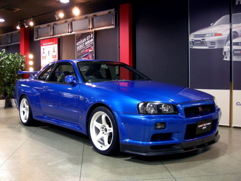 Nissan Skyline R34 | car to ride