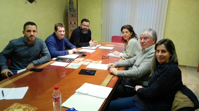 Reunion vecinos de de AESI con los representantes municipales