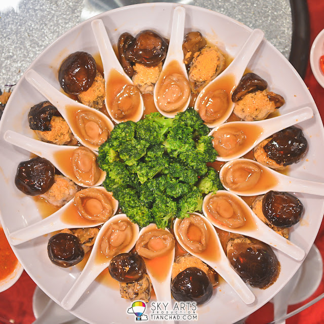 汤鲍蚝士发菜 Braised Abalone with Dried Oyster and Fatt Choy
