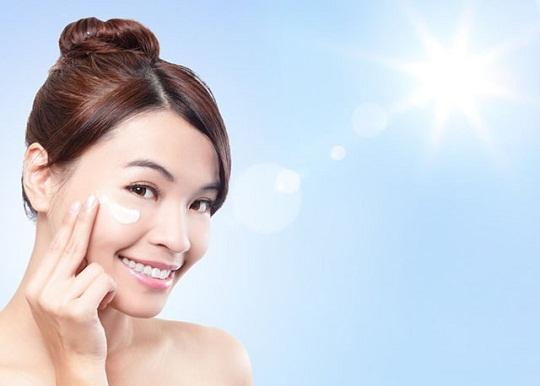 pelindung tabir surya kosmetik terpenting anda