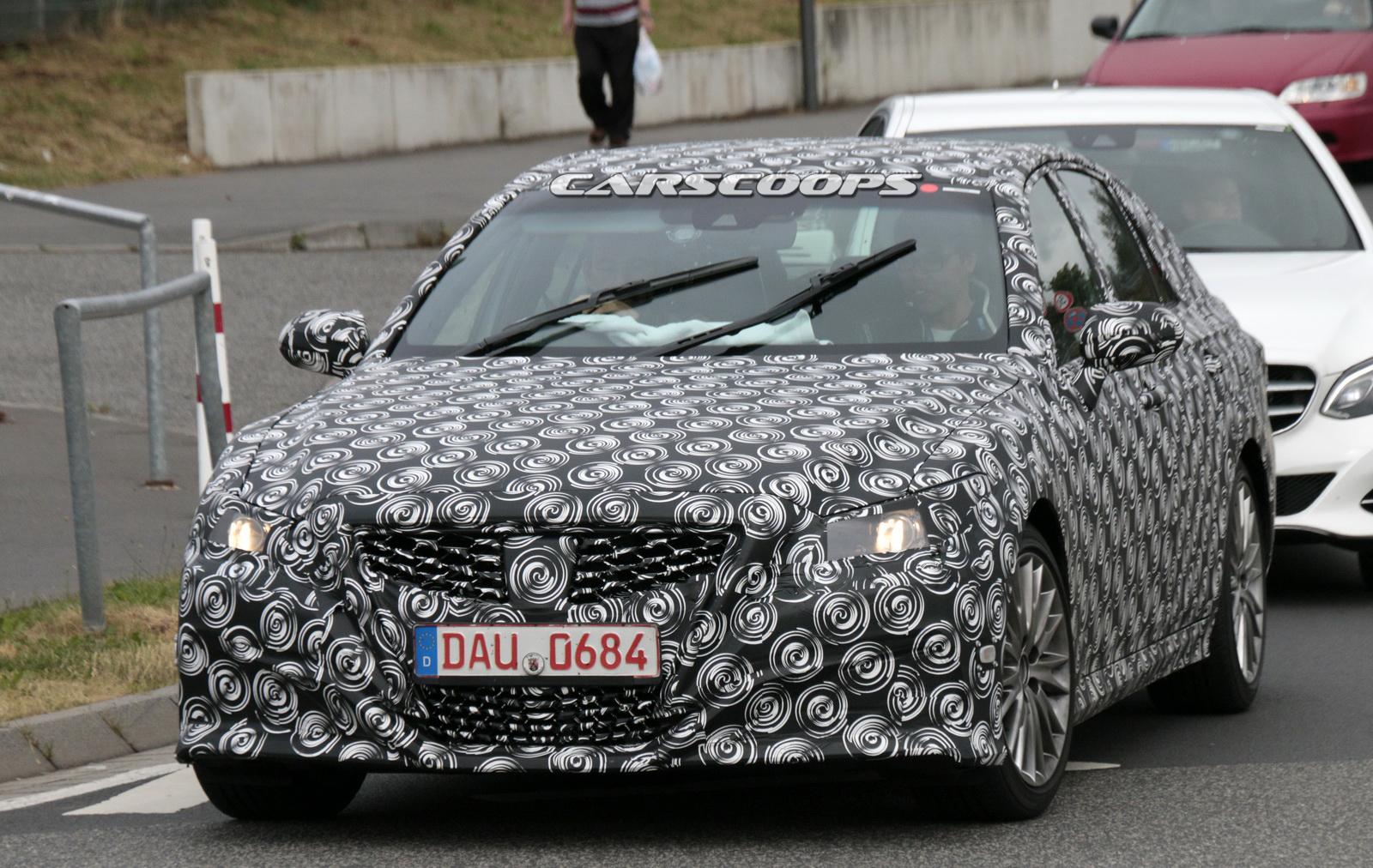Lexus-GS-Scoop-02