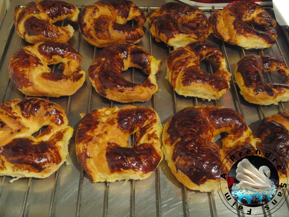 Croissants au praliné et fleur d'oranger au robot pâtissier