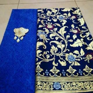 Kain Batik dan Embos 830 motif prada biru