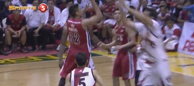 June Mar Fajardo's MONSTER Block On Kyle Pascual (VIDEO)
