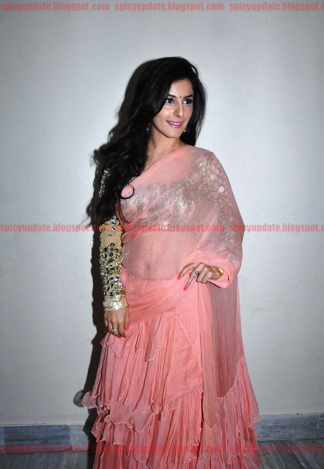 Ass Beanie Feldstein naked (21 images) Tits, Instagram, braless