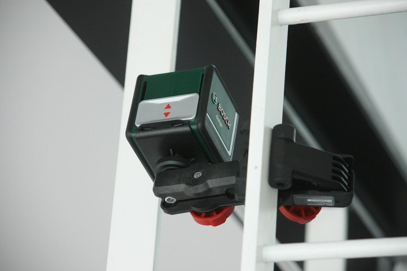un nouveau regard niveau laser quigo 2 par bosch. Black Bedroom Furniture Sets. Home Design Ideas