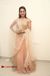 Actress Tejaswi Madivada Anoos Franchise Salon and Clinic Launch  0194.JPG