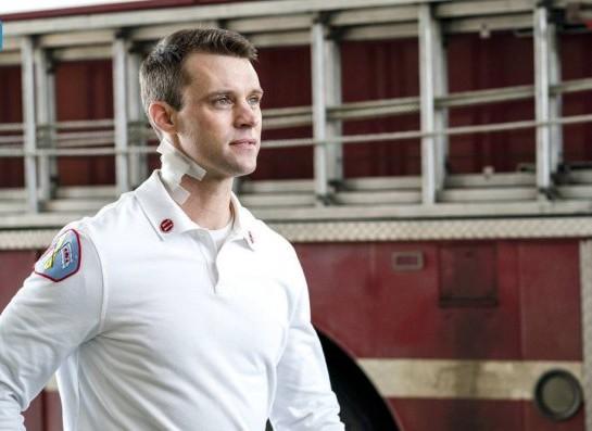 "NUP 186467 0019 595 Spoiler%2BTV%2BTransparent - Chicago Fire (S07E21) ""The White Whale"" Episode Preview"