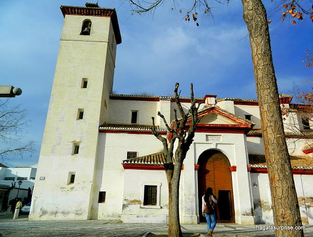 Granada, Andaluzia: Igreja de San Nicolás, no bairro mouro do Albaicín