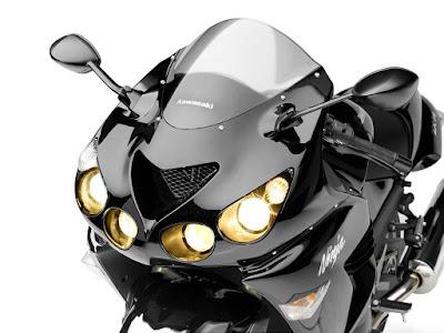2016 Kawasaki Ninja ZX-14R front headlamp image