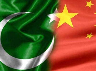 पाकिस्तान में बिजनस और जमीनें खरीदने में जुटी हैं चीनी कंपनियां, पढ़ें क्या है वजह