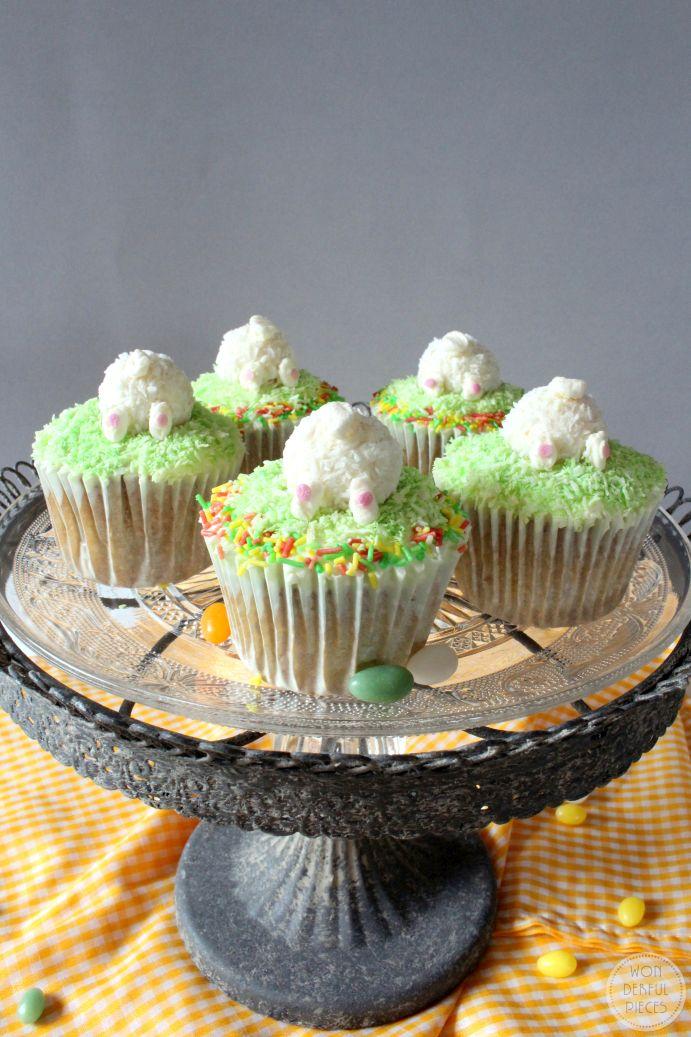 wonderful pieces m hrenkuchen cupcakes zu ostern mit mascarpone topping. Black Bedroom Furniture Sets. Home Design Ideas