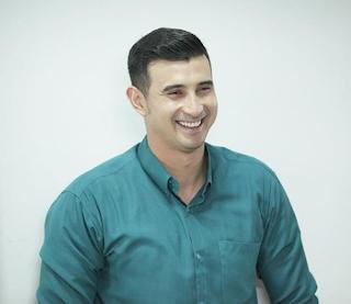 Biodata Ali Syakieb pemeran Haris