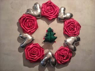 corona-Navidad-rosas-rojas