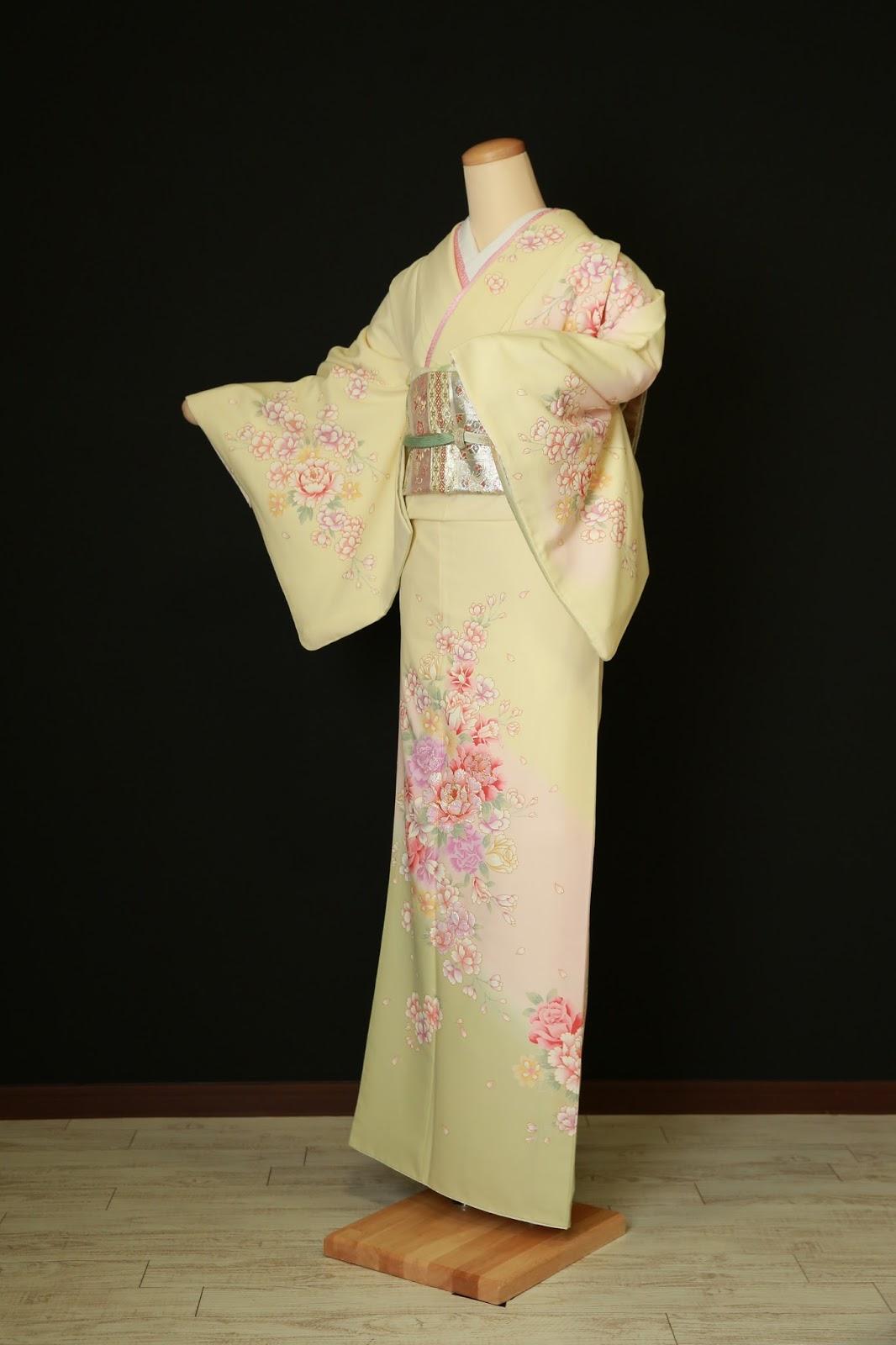 衣装カタログ | スタジオパセラ横浜関内店   SH-004黄色 着丈162cm/裄69cm※帯・小物類はイメージの為、写真とは別の物になる場合があります。