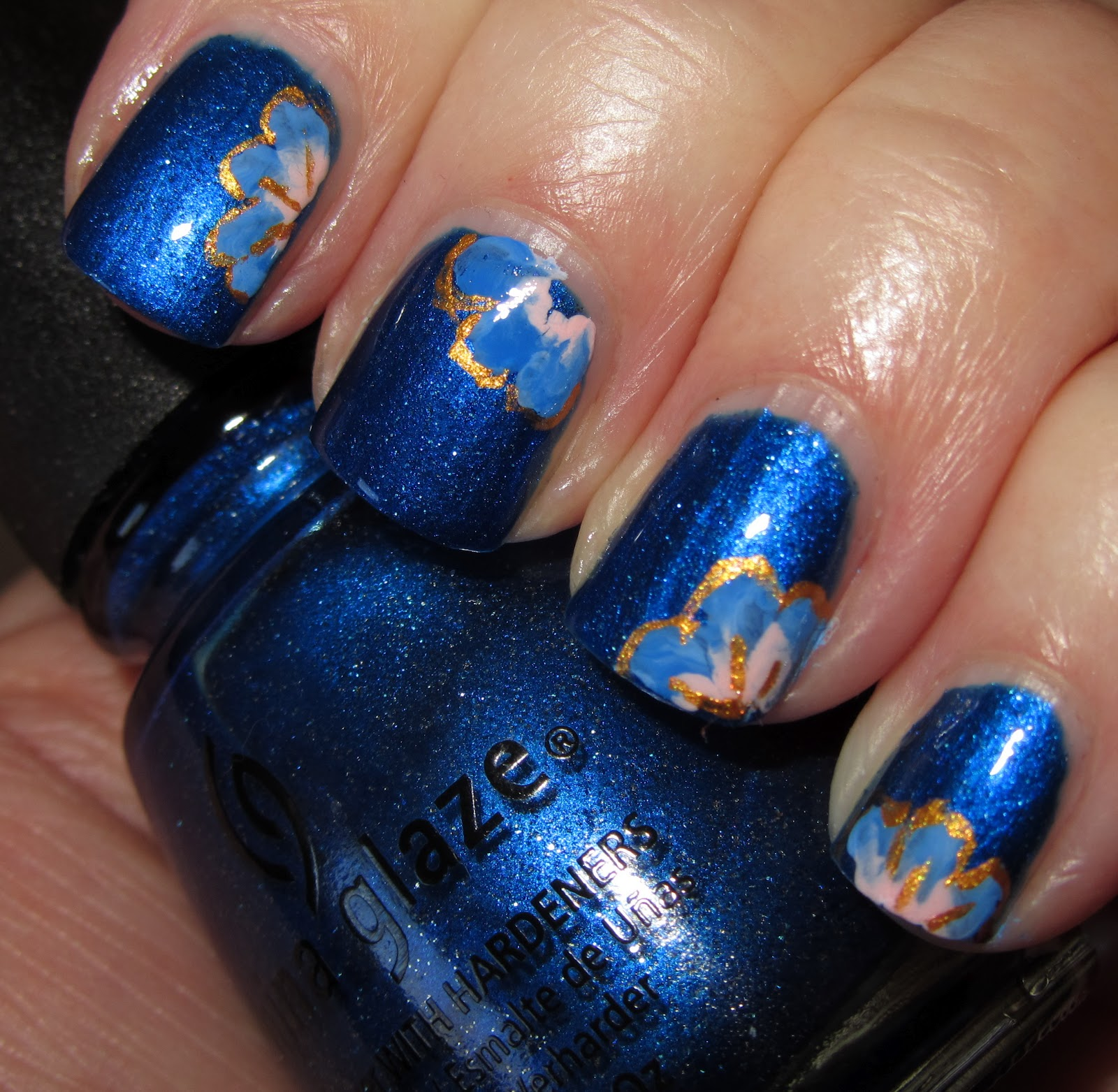 Marias Nail Art And Polish Blog Blue Sapphire Flowers Artsy Wednesday Thuesday