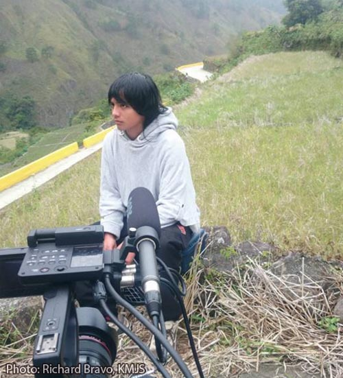 Jeyrick Sigmaton Carrot Man on KMJS