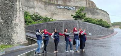 Perjalanan Wisata Alumni SMPN 2 Malang Ke Pantai Melasti Ungasan, Badung, Tabanan, Bali 2019