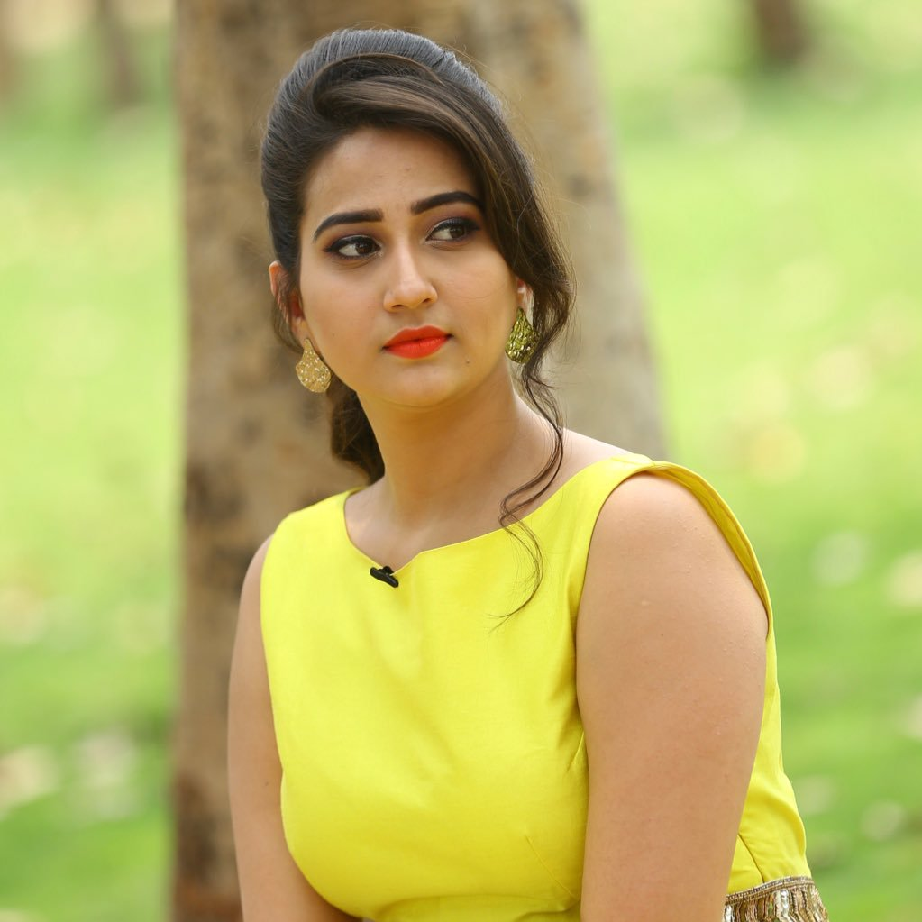 Actress Manjusha Latest HD Images