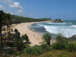 Daerah Wisata Pantai Klayar