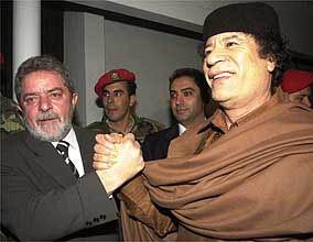 Resultado de imagem para Fotos de Lula e Kadafi