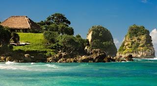 pantai nihiwatu
