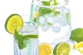 Manfaat Menambahkan Perasan Jeruk Nipis Kedalam Minuman
