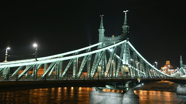 Budaest by night bridge