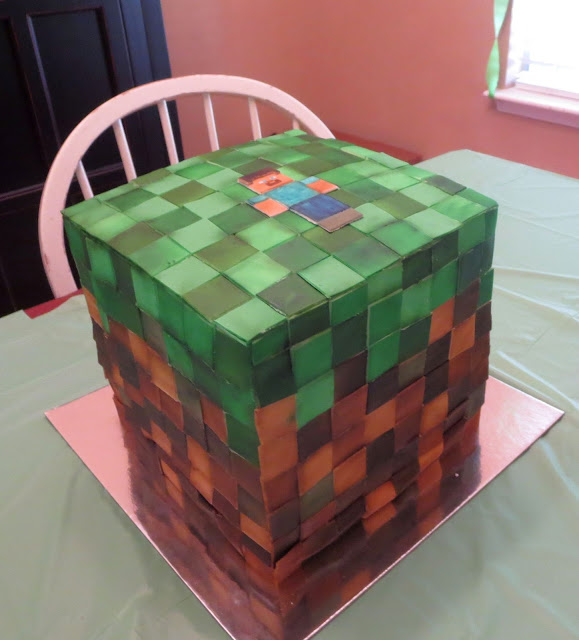 Minecraft Grass Block Cake 1