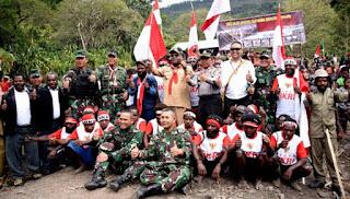 TNI Bersama Rakyat Papua Indonesia