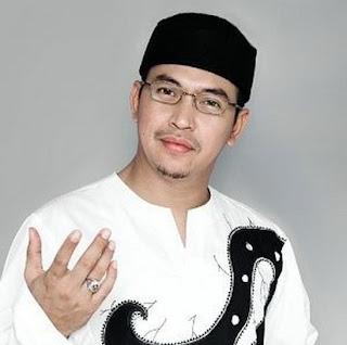 5 Orang Terkenal Indonesia yang Meninggal di Hari Jumat