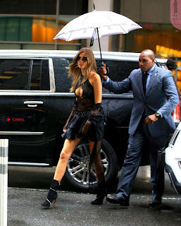 Josephine-Skriver-Arriving-at-Victorias-Secret-fittings-_014+%7E+SexyCelebs.in+Exclusive.jpg