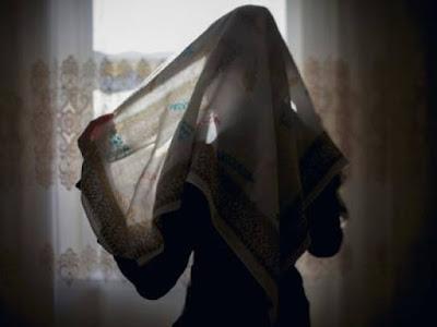 Isteri tuntut cerai kerana suami tidak solat