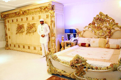 E-money poses with his mum, shows off his bedroom