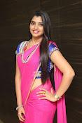 syamala sizzling saree stills-thumbnail-16