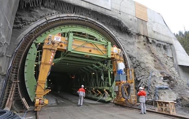 Сьогодні в Україні відкриють Бескидський тунель