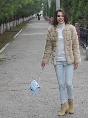 diyorasnotes_fashion_blogger_style_jeans_fur