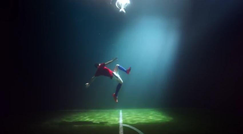 Testimonial Skybet pubblicità Performance spettacolari in apnea con Foto - Testimonial Spot 2017