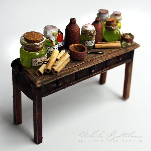 Wildfire Miniature GoT Table - Nichola Battilana