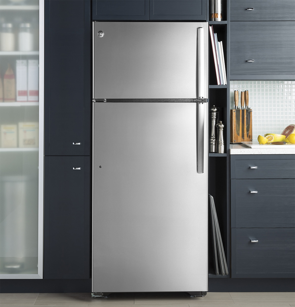 Life With 4 Boys: A Fridge That Encourages You to Drink
