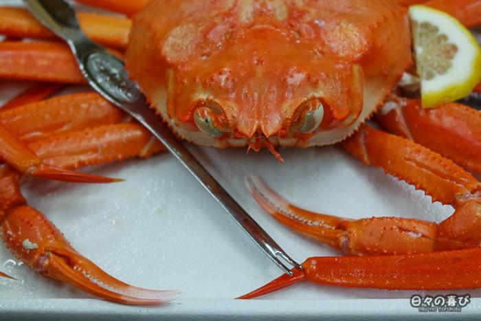 crabe matsuba dans une assiette