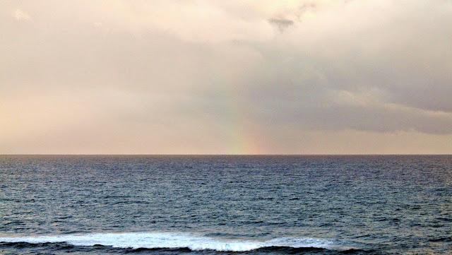 arcoiris amaneciendo sopelana